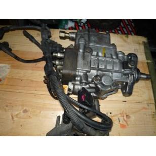 Топливный насос  VW T4 2,4 D